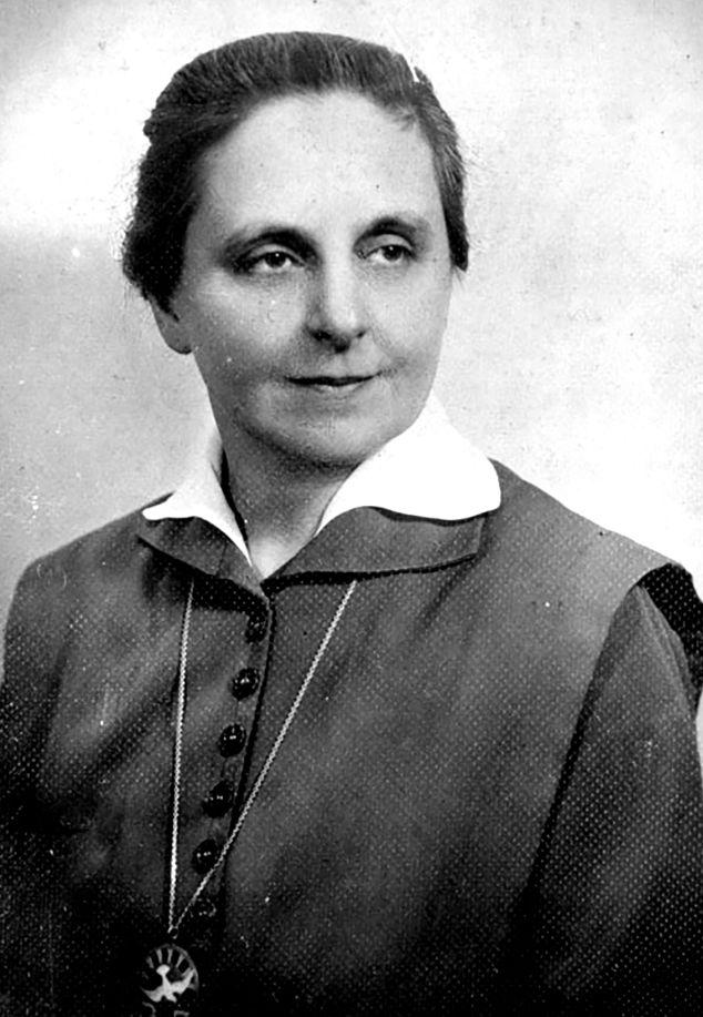 1. Slachta Margit